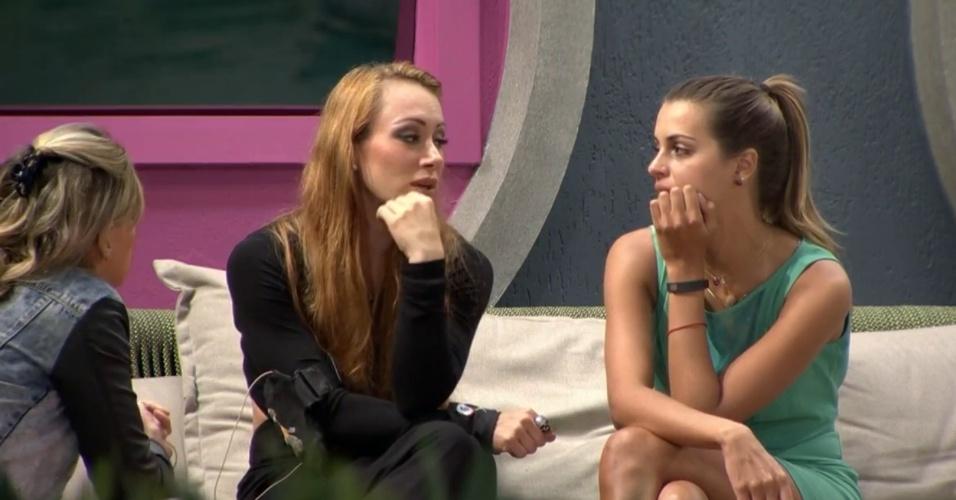 16.fev.2014 - Aline fica indignada com o voto de Diego