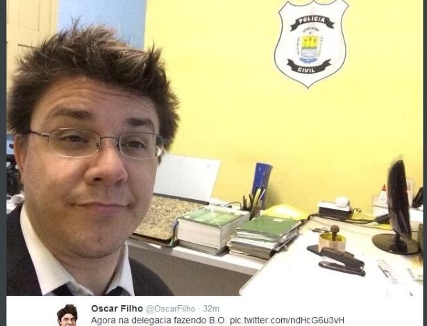 """Repórter do """"CQC"""" publicou foto na delegacia de Esperantina, no Piauí"""
