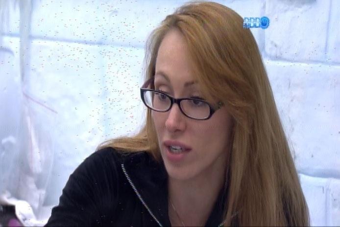 18.fev.2014 - Aline diz que Letícia será eliminada no paredão desta terça-feira