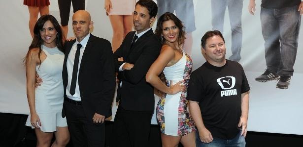 """Equipe do programa """"Arena SBT"""", com Lívia Andrade"""
