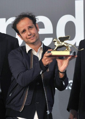 """19.fev.2014 - Tino Sehgal O artista britânico Tino Sehgal apresentará sua premiada performance """"Essas Associações"""" pela primeira no Brasil  - EFE"""