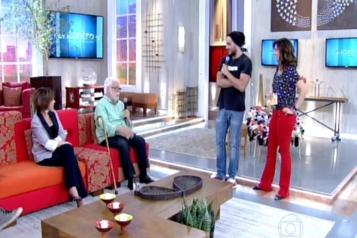 """20.fev.2014 - Junior faz participação relâmpago no Encontro com Fátima Bernardes e fala sobre ser considerado """"homem-periguete"""""""