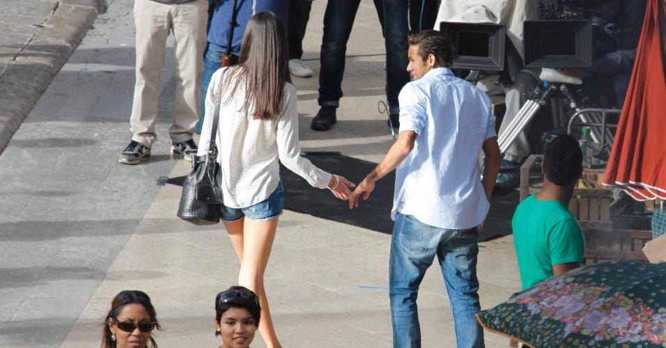 """20.fev.2014 - Neymar grava comercial em Barcelona. Recentemente, o jogador de futebol terminou o namoro com a atriz Bruna Marquezine, que vive a Luiza da novela """"Em Família"""", da Globo"""