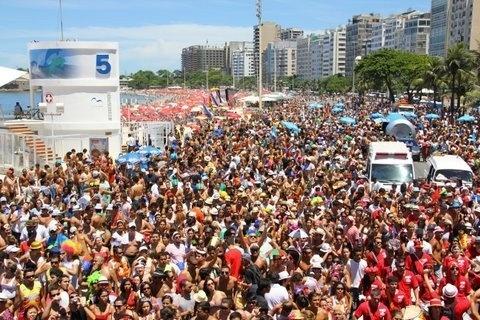 Desfile do Empolga às 9 em Copacabana, no Carnaval de 2012
