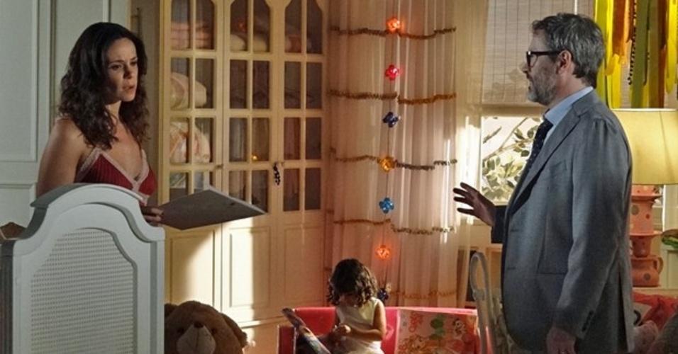 22.fev.2014 - Nando avisa à Juliana que vai pedir o divórcio