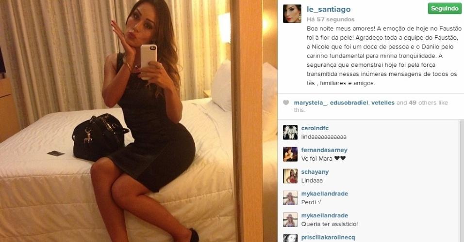 """23.fev.2014 - Depois de participar do """"Domingão do Faustão"""", Letícia postou foto no hotel. Agradeceu o carinho de Nicole Rocha, repórter do programa e ignorou Carol Nakamura, que a chamou de """"fura olho"""""""