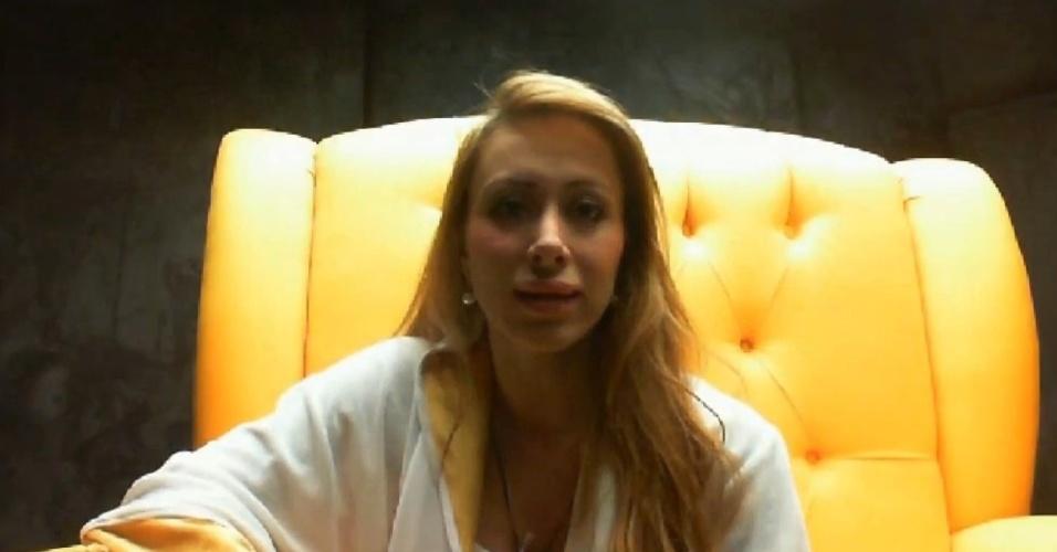24.fev.2014 - Aline diz temer Diego e pede voto para brother ser eliminado
