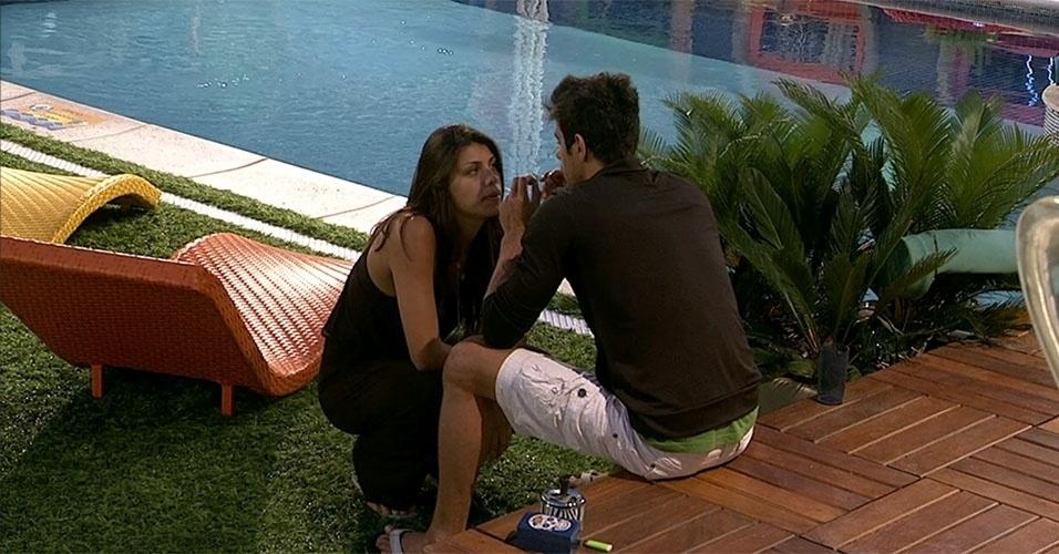 24.fev.2014 - Franciele reclama do jeito que Diego a trata