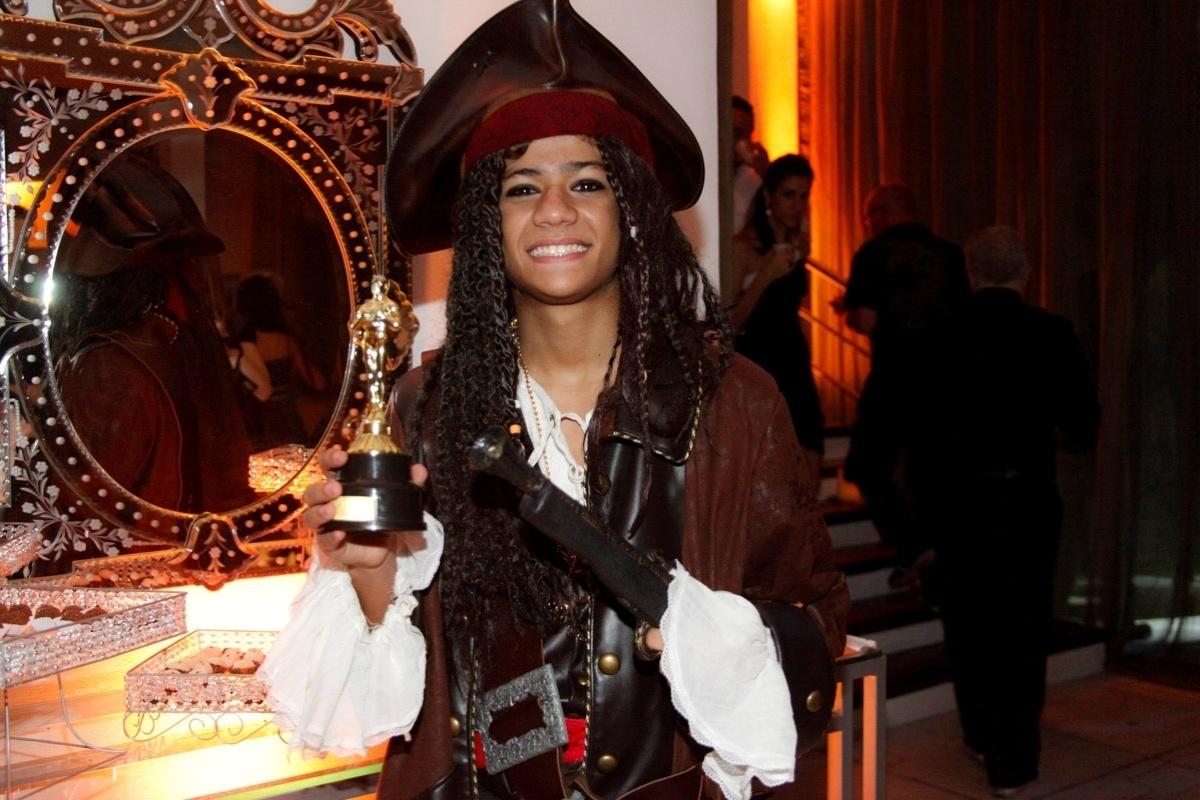 24.fev.2014 - Gabriela Santana prestigiou o aniversário de 13 anos de Filipe Bragança, ator de