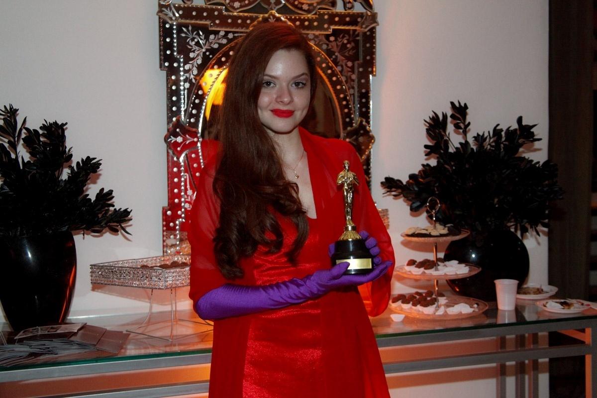 24.fev.2014 - Giovanna Vargas prestigiou o aniversário de 13 anos de Filipe Bragança, ator de
