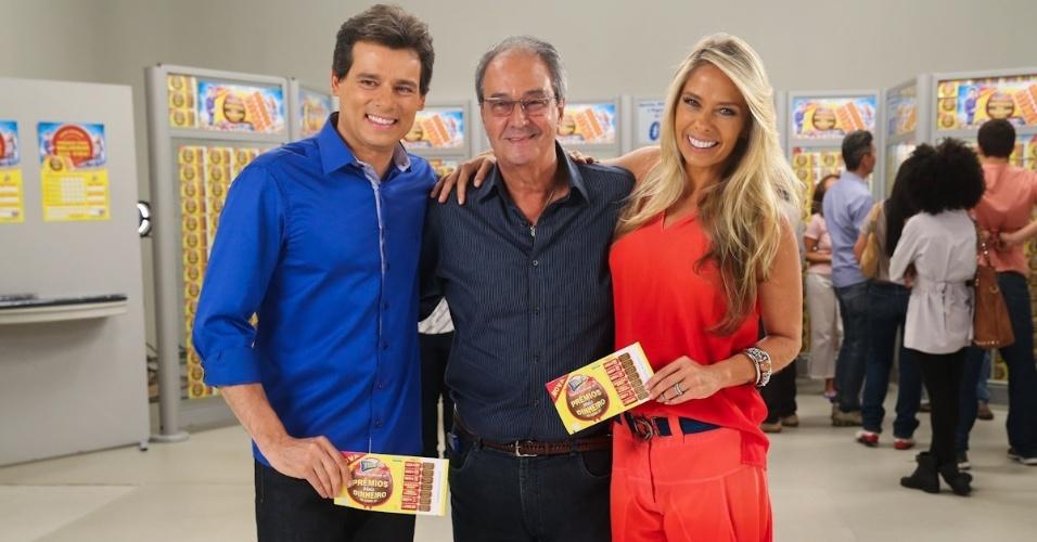 24.fev.2014- Adriane Galisteu e Celso Portiolli gravam comercial da Tele Sena de Páscoa