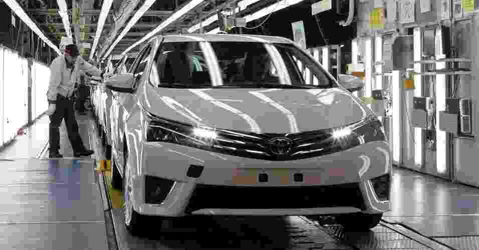 Toyota Corolla de nova geração sendo produzido - Osman Orsal/Reuters