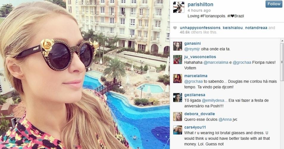 27.fev.2014 - Paris Hilton publica foto sua em hotel de Florianópolis