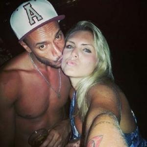 Giovanna postou fotos com Valter em rede social
