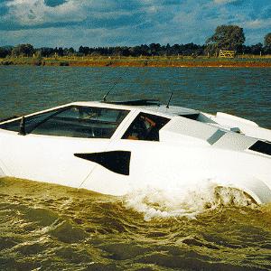 Lamborghini Countach Anfíbio - Divulgação/Lamborghini/Ed. Alaúde