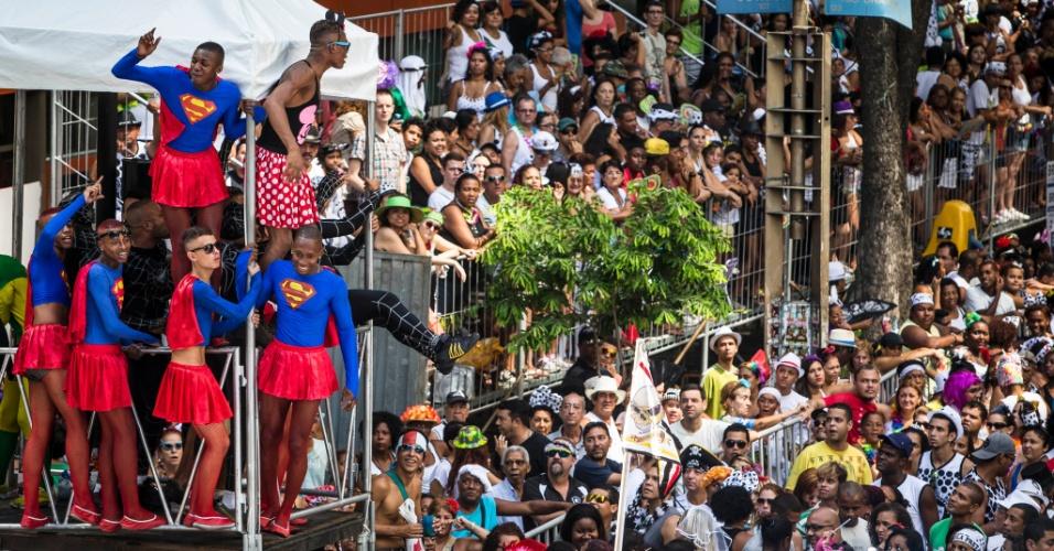 5f42a20c39604 Cordão da Bola Preta atrai milhares de foliões no Centro do Rio ...