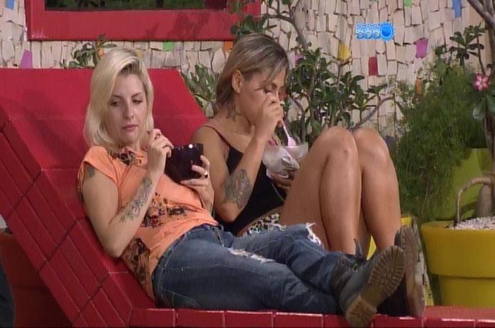 """2.mar.2014 - Para justificar voto de hoje, Vanessa se recorda de episódio com Cássio: """"Ela também se dizia amiga"""""""