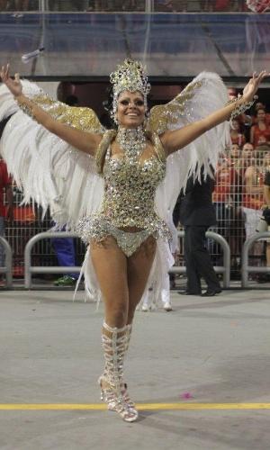 2.mar.2014 - Deborah Caetano, a rainha da bateria da Nenê de Vila Matilde