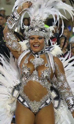 3.mar.2013 - Destaque de chão samba pela Beija-Flor