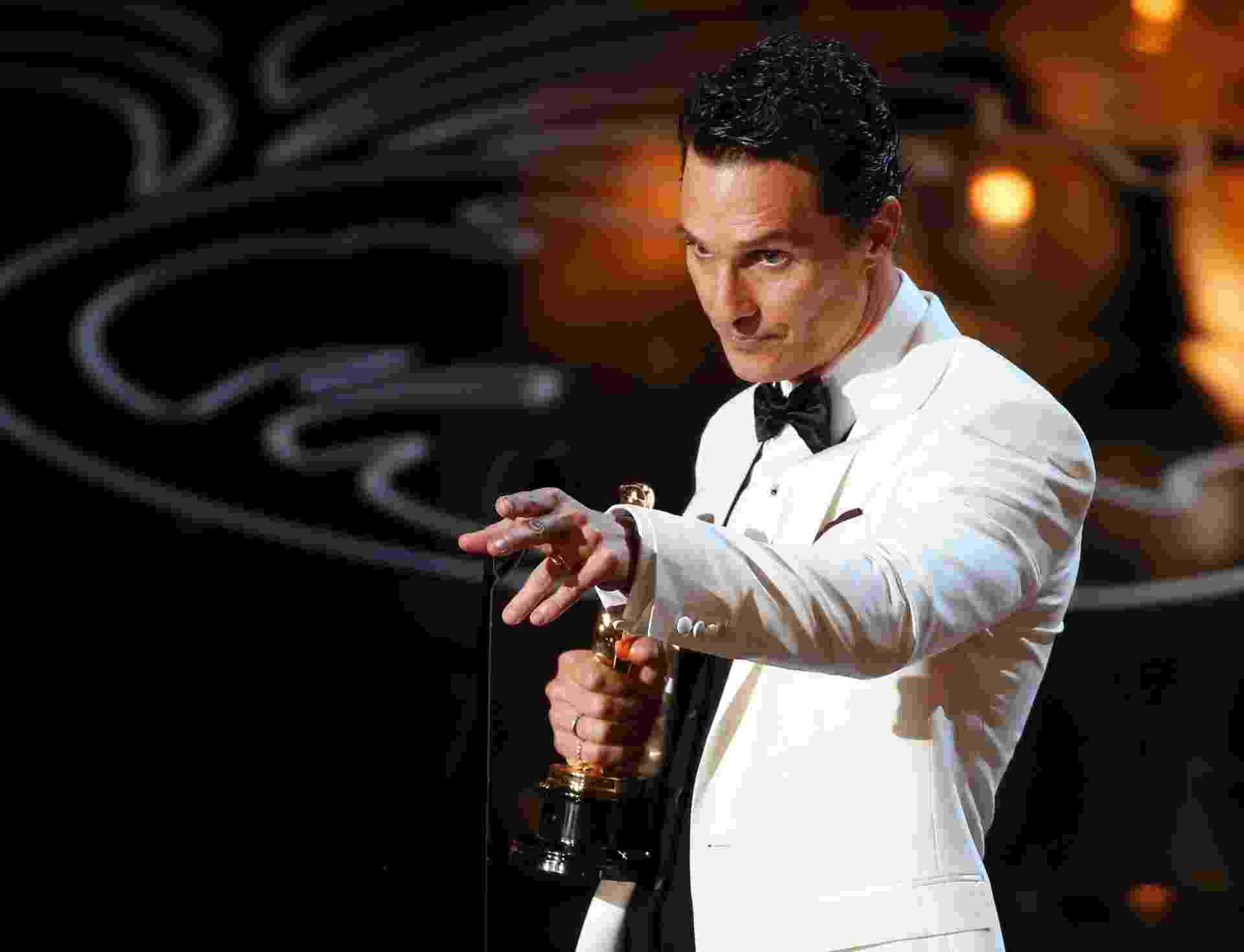 Matthew McConaughey agradece pelo prêmio de Melhor Ator no Oscar 2014 - Lucy Nicholson/Reuters