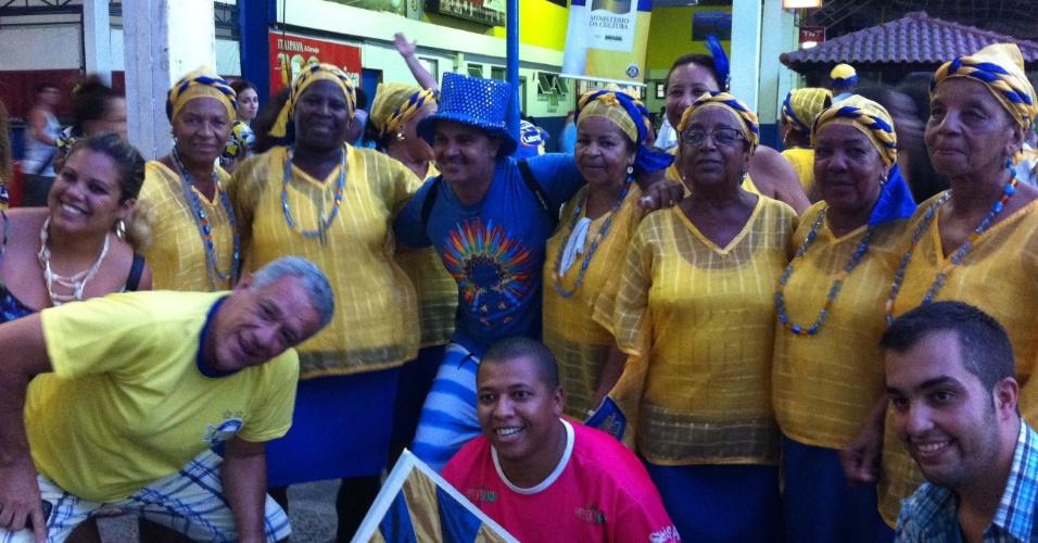 05.mar.2014 - Baianas reunidas para celebrar a vitória da Unidos da Tijuca no Carnaval 2014.