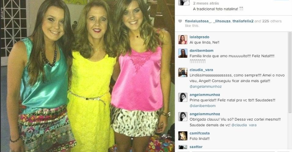 Angela celebra o Natal com a mãe, Ivone Moraes e a irmã Monique Munhoz