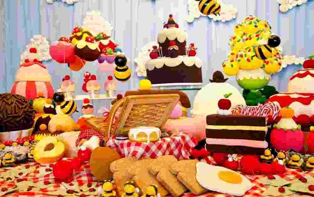 Piquenique dos insetos foi o tema dessa festa de aniversário de um ano realizada por Cristina Buchain (www.cristinabuchain.com.br) na residência da aniversariante - Carol Gimenes/Divulgação