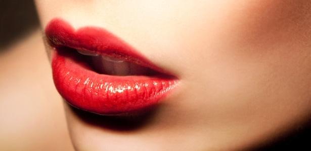 Não descuidar da hidratação é fundamental para manter os lábios bonitos e sem rachaduras - Thinkstock