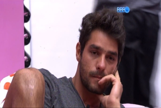 08.mar.2014 - Diego justifica comemoração no momento da briga entre Aline e Marcelo: