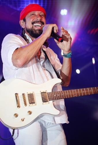 7.mar.2014 - Bell Marques faz show solo no Camarote Brahma após deixar o Chiclete com Banana