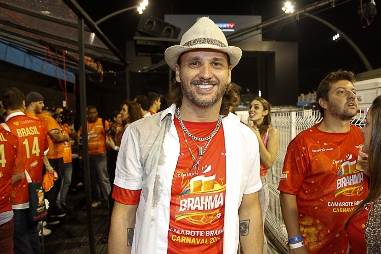 7.mar.2014 - O cantor Tato, do Falamansa