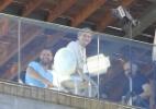 Serginho Groisman entrevista Ricky Martin em hotel no Rio - AgNews