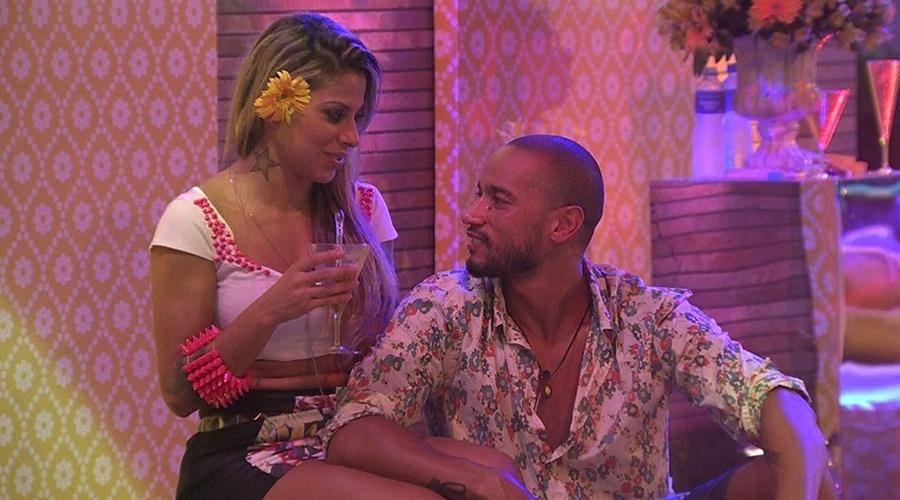 8.mar.2014 -Vanessa revela a Valter que não posaria nua.