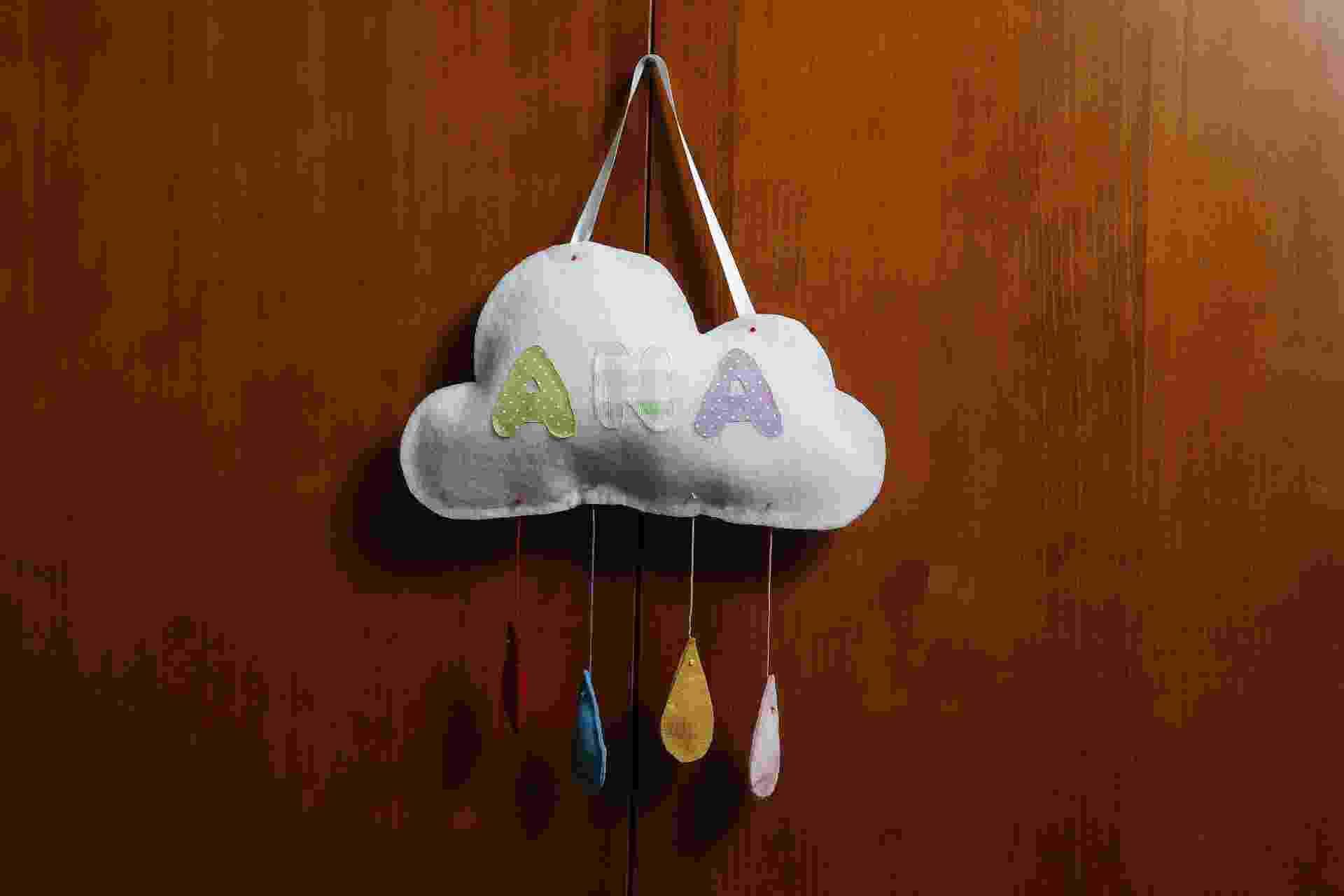 passo a passo de enfeite de nuvem para porta de maternidade - Reinaldo Canato/UOL