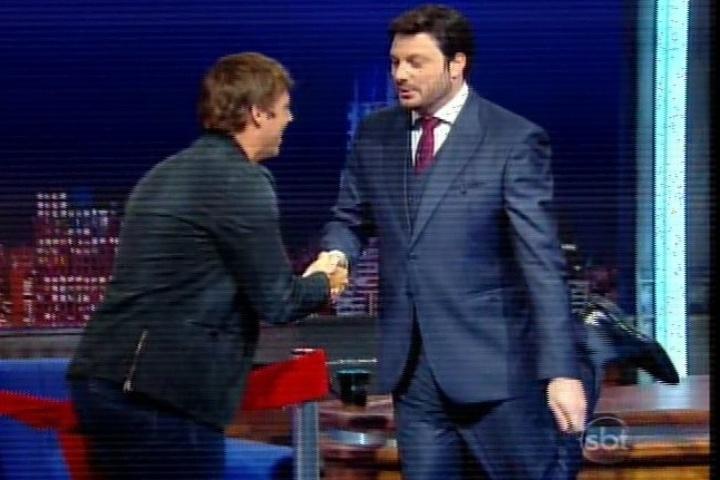 """10.mar.2014 - Danilo Gentili estreia no SBT o  """"The Noite"""" e recebe o humorista Fábio Porchat"""