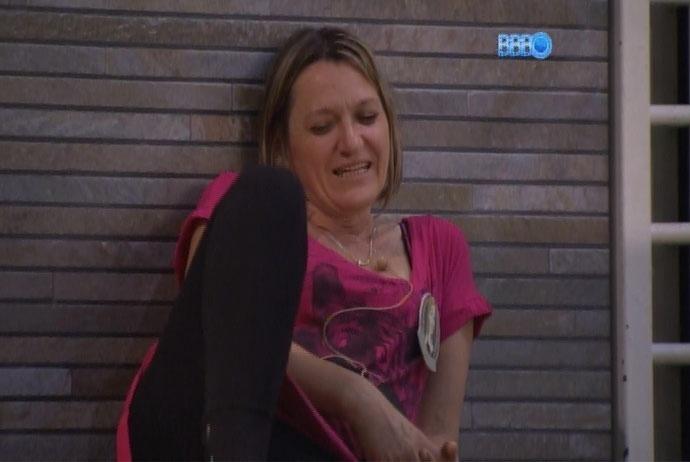 11.mar.2014 - Mãe de Tatiele, Isabel diz que perdeu 9 quilos desde que a filha entrou no programa