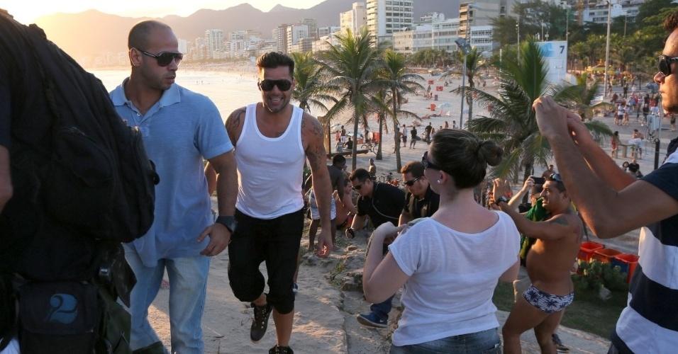 11.mar.2014 - Ricky Martin visitou a Pedra do Arpoador, localizada na zona sul do Rio