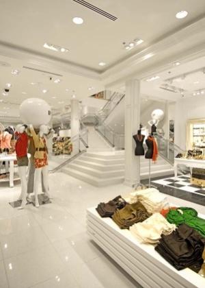 Interior de loja da rede norte-americana Forever 21, que chega a shoppings de SP e Rio neste mês - Divulgação