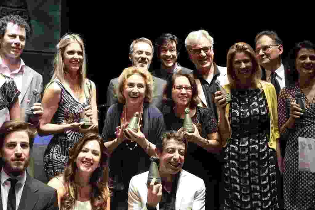 11.mar.2014 - Premiados na entrega do troféu Os Melhores da Arte da APCA (Associação Paulista de Críticos de Arte) em São Paulo - Paduardo/AgNews