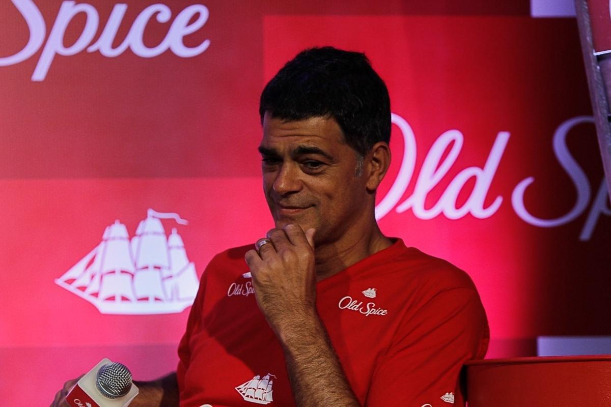12.mar.2014 - Eduardo Moscovis participou do lançamento de uma marca de desodorante masculino, em São Paulo