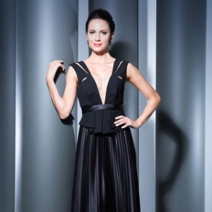 ff75171bc Veja modelos de vestidos de festa confeccionados com o tecido tule illusion