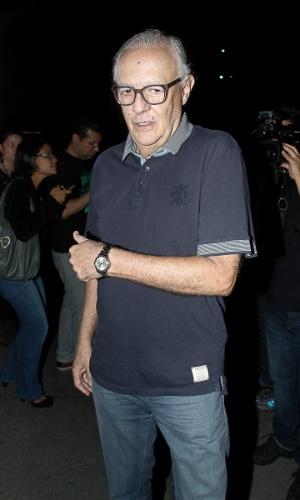13.mar.2014 - O ator Ney Latorraca no velório de Paulo Goulart no Theatro Municipal, em São Paulo