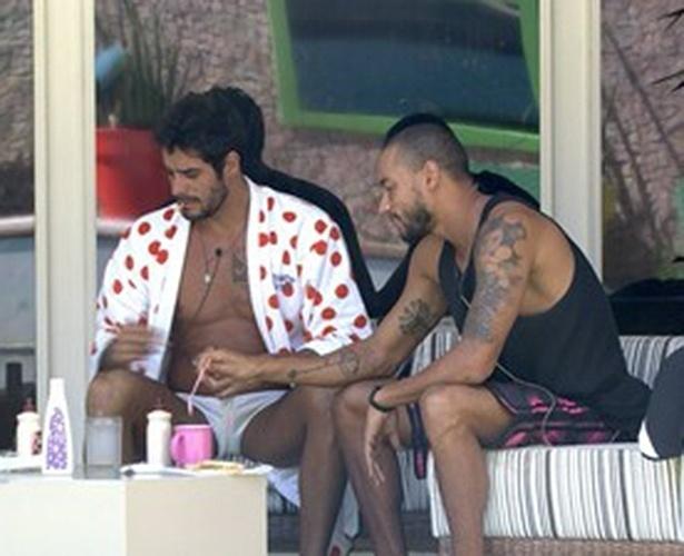 14.mar.2014 - Valter e Diego falam de Marcelo:
