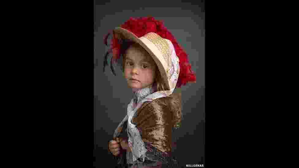 """Usando filha de seis anos como modelo, fotógrafo australiano Bill Gekas compôs uma série fotográfica inspirada nos retratos dos """"velhos mestres"""", como Rembrandt, Vermeer e Rafael - © Bill Gekas"""