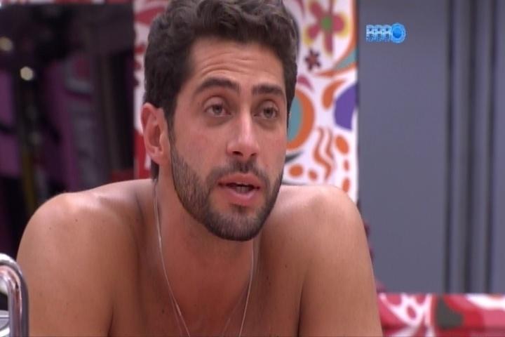 17.mar.2014 - Marcelo diz que pensa em processar judicialmente Cássio por injúria e difamação
