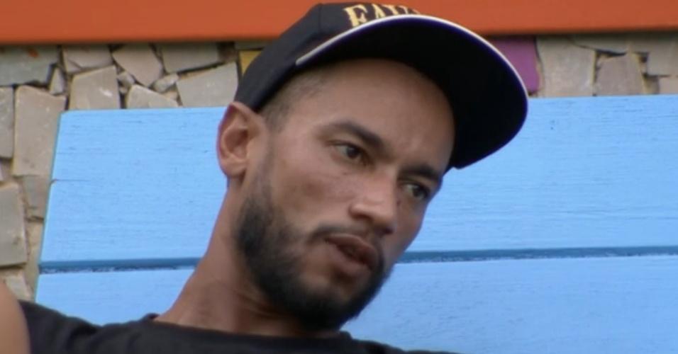 17.mar.2014 - Valter revelou que, em conversa com Cássio, o brother gaúcho disse que