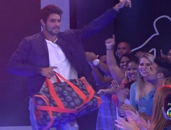 18.mar.2014 - E com 61% votos, Diego é o décimo terceiro eliminado de