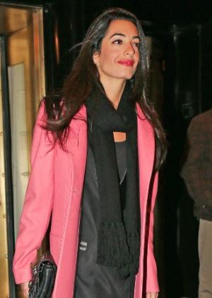 18.mar.2014 - Amal Alamuddin pouco antes de oficializar o noivado com Clooney