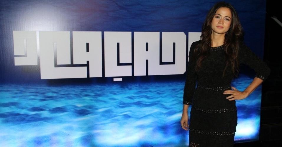 """19.mar.2014 - Nanda Costa marca presença na coletiva de imprensa da série """"O Caçador"""""""