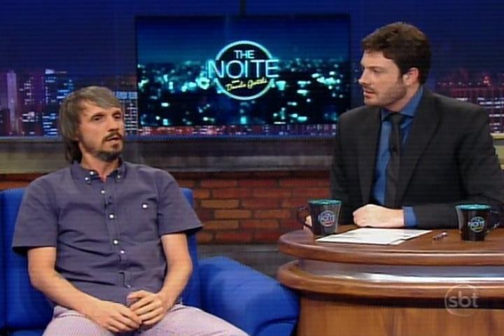"Fred Melo Paiva com Danilo Gentili no ""The Noite"""